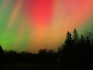 aurora-borealis-maine