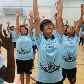 Hoy Los Angeles, Alvin Ailey American Dance Theater at Sun Valley Middle School