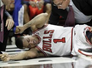 Rose-tears-ACL-to-spoil-Bulls-Game-1-victory-G41D08G2-x-large